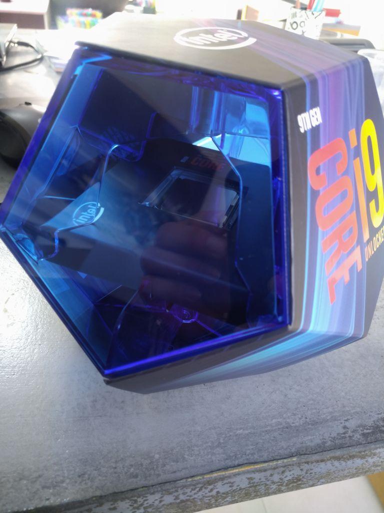 21096409-fUMct.jpg