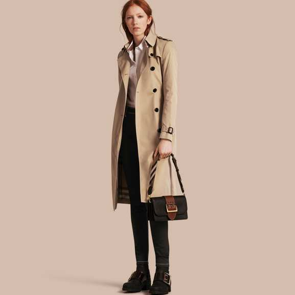 Burberry – le trench iconique moins cher – Dealabs