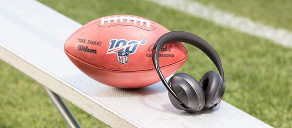 Bose Headphones 700 football américain