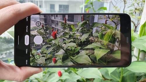 Google Pixel 4 prenant une photo