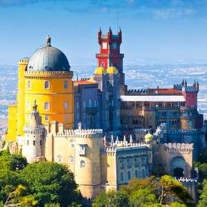 Circuit Lisbonne et Sintra pour deux personnes: 5 jours avec hôtel, petits-déjeuners, voiture de location et vol A/R inclus