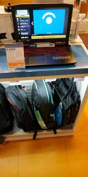 """PC portable 15.6"""" Acer AN515-42-R5Q4 (Ryzen 5 2500U, RX-560X, 8 Go de RAM, 1 To + 128 Go en SSD, Windows 10) - La Flèche (72)"""