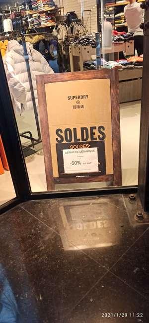 50% de réduction dès 3 articles achetés - SuperDry Lyon (69)