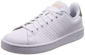 Paire de chaussures adidas Advantage