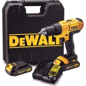 Perceuse visseuse sans fil Dewalt DCD771S2 18V + 2 batteries 1.5Ah + Chargeur + Mallette de transport (screwfix.fr)
