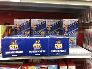 Pack Crash Team Racing Nitro Fuel sur PS4 + Figurine Aku Aku support et chargeur - Lormont (33)