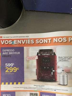 Cafetière à expresso automatique avec broyeur à grains Krups YY4455FD
