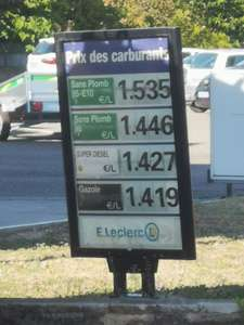 Carburant Essence 98 à 1.446€ (le L) - Carcassonne Cité 2 (11)