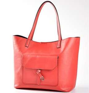 30% de réduction sur les sacs à main - Ex : Sac Rouge