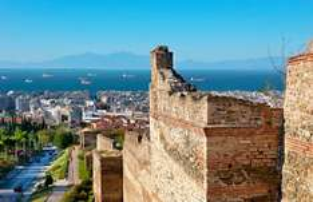 3 semaines en Grèce : Vols pour Thessalonique, Athènes, Rhodes en Multi-destinations