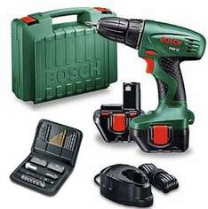 Perceuse-visseuse 12V Bosch PSR12 - 51 Accessoires - 2 Batteries 1,2ah + Coffret accessoires 51 pièces