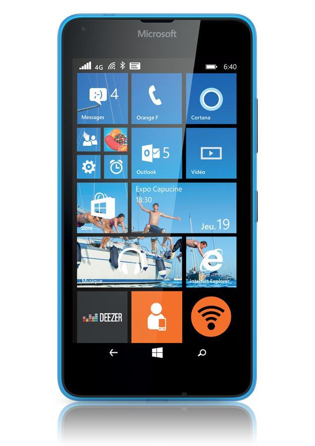 Smartphone Nokia Lumia 640 Bleu + Casque + Office 365 Personnel