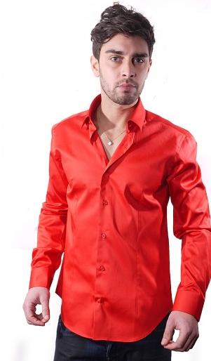 Sélection de chemises à 19.90€ - Ex : Chemise slim fit rouge