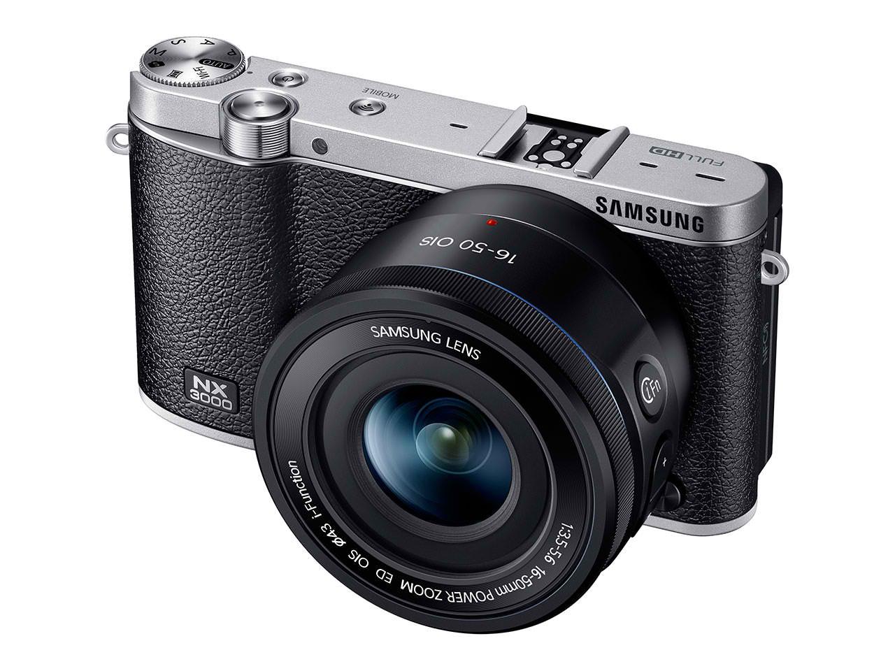 Appareil photo hybride Samsung NX3000 + objectif 16-50mm + Lightroom 5 + flash