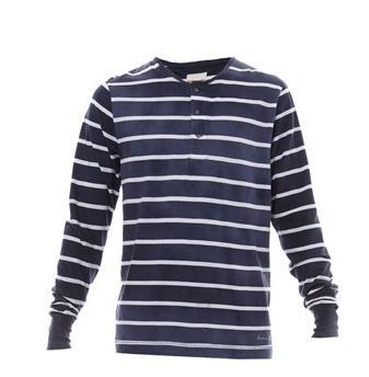 Jusqu'à 75% de réduction  sur une sélection d'articles - Ex : T-shirt à manches longues Freeman (Tailles M, XL et 2XL)