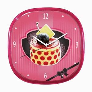 Horloge murale dessert fraisier