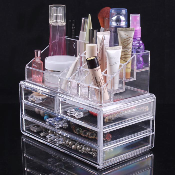 Coffret de rangement maquillage et bijoux transparent via l'application mobile