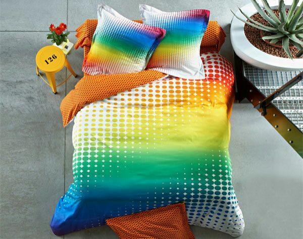 Promotions sur le linge de maison - Ex : Linge de lit impression digitale arc-en-ciel