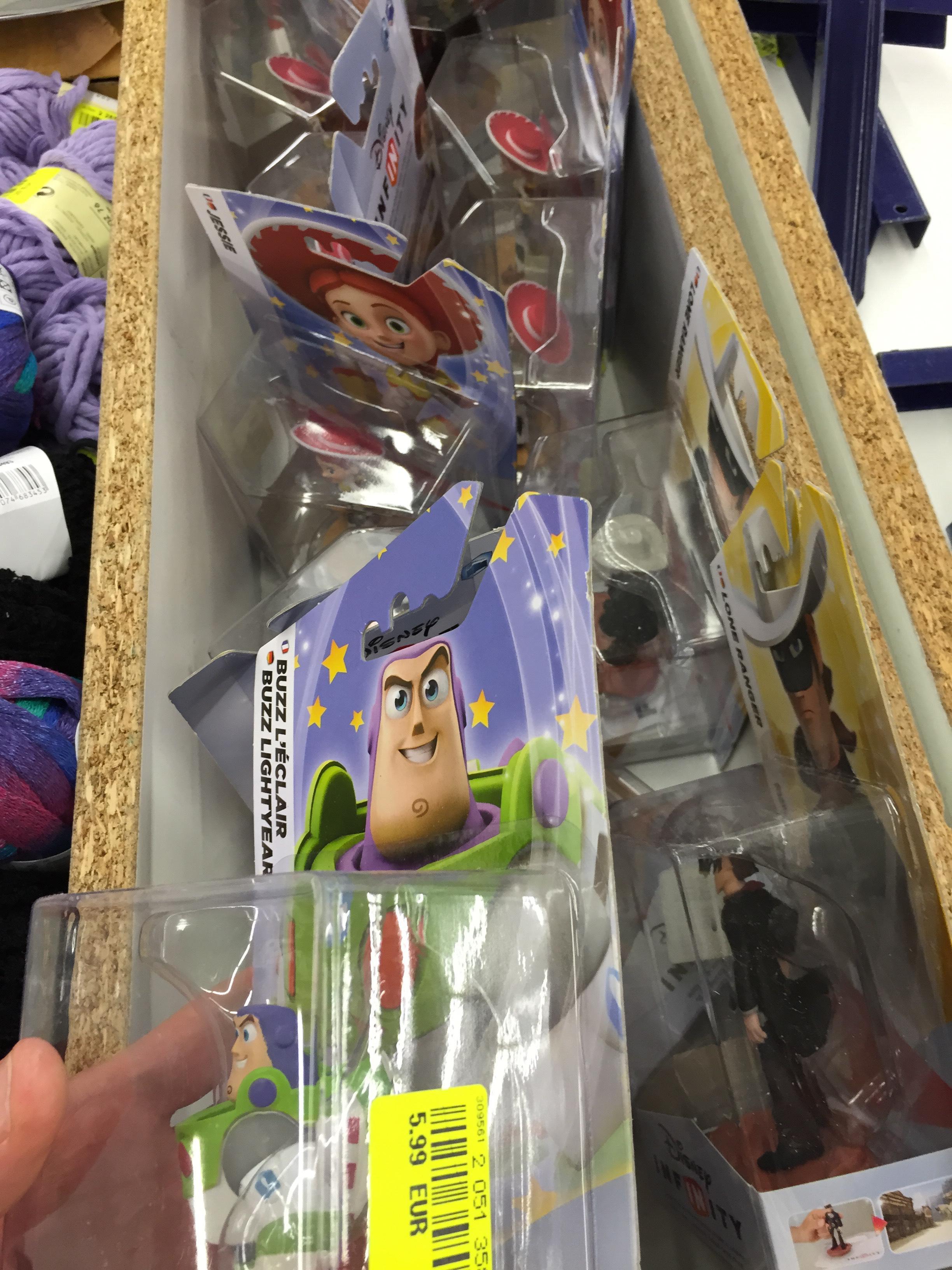 Sélection de figurines Disney Infinity en promotion - Ex : Buzz l'éclair