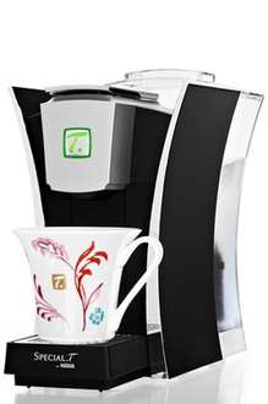 Machine Chrome Nestle special Thé + 50 capsules