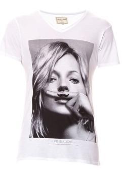 Avant première jusqu'à -70% sur les marques prenium  - Ex: T-Shirt Kapy de Eleven Paris - Taille XL