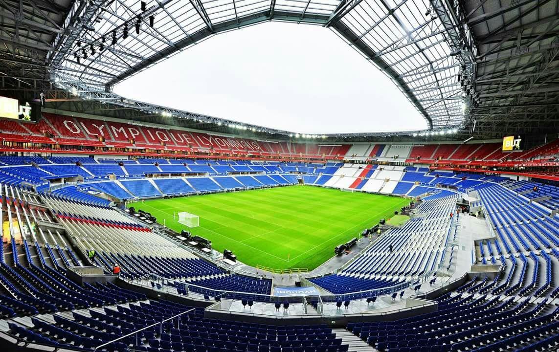 Place Olympique Lyonnais - ESTAC Troyes