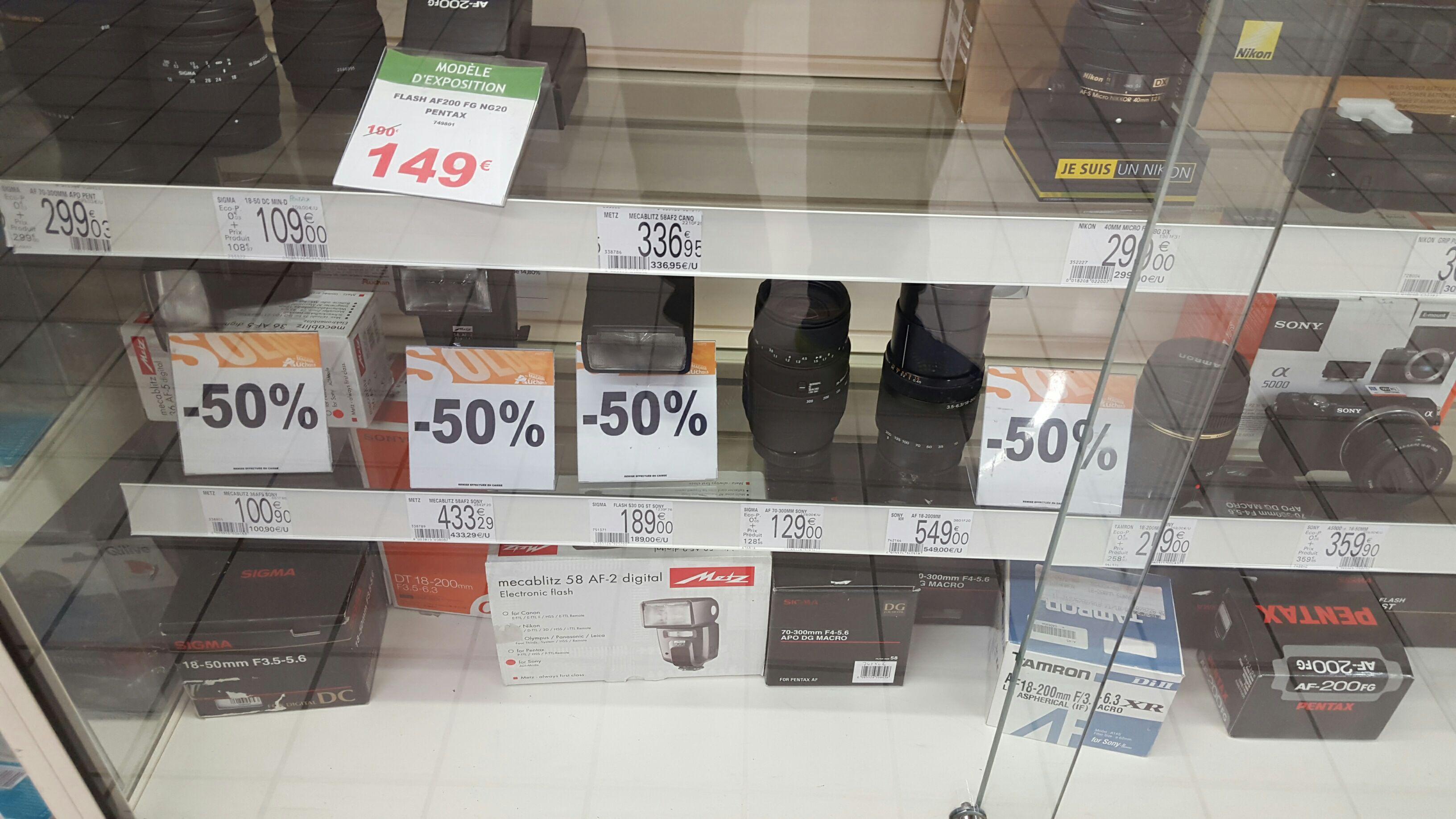 50% de réduction sur une sélection d'objectifs et flashs - Ex : Objectif Sony AF 18-200mm
