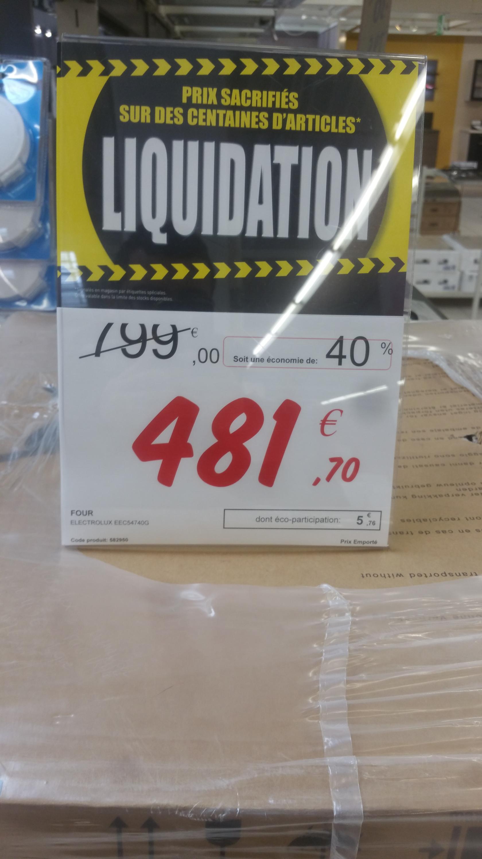 Four encastrable pyrolyse  Electrolux  EEC54740G (via ODR 50€)