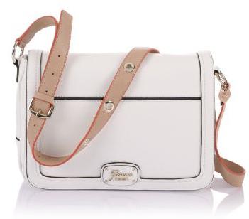 30% de réduction sur une sélection de sacs et accessoires