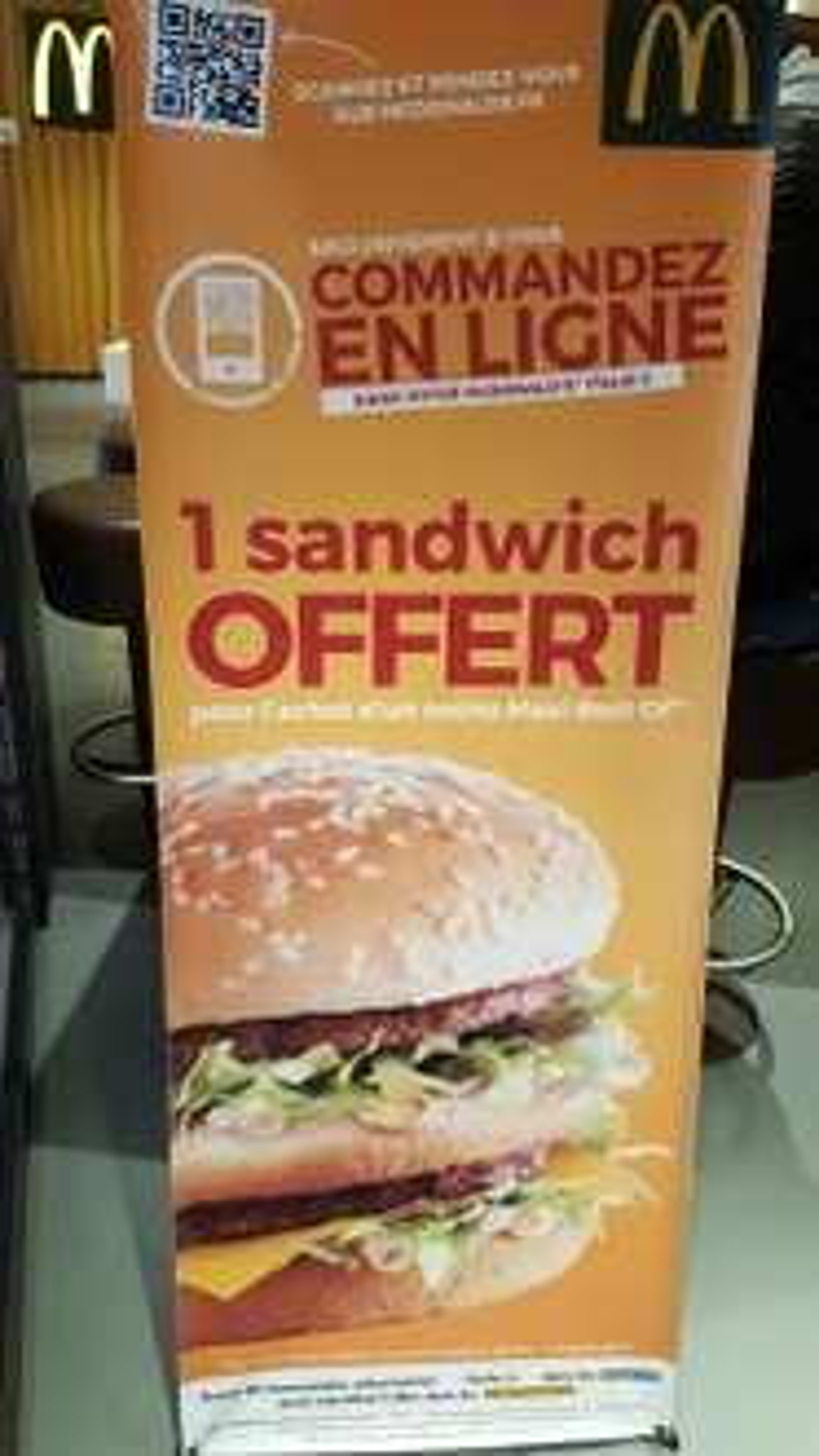 1 menu Maxi Best Of en ligne acheté = 1 sandwich OFFERT