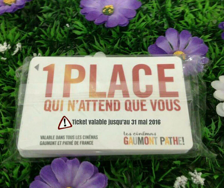 """Lot de 2 places de cinéma """"Gaumont Pathé"""""""