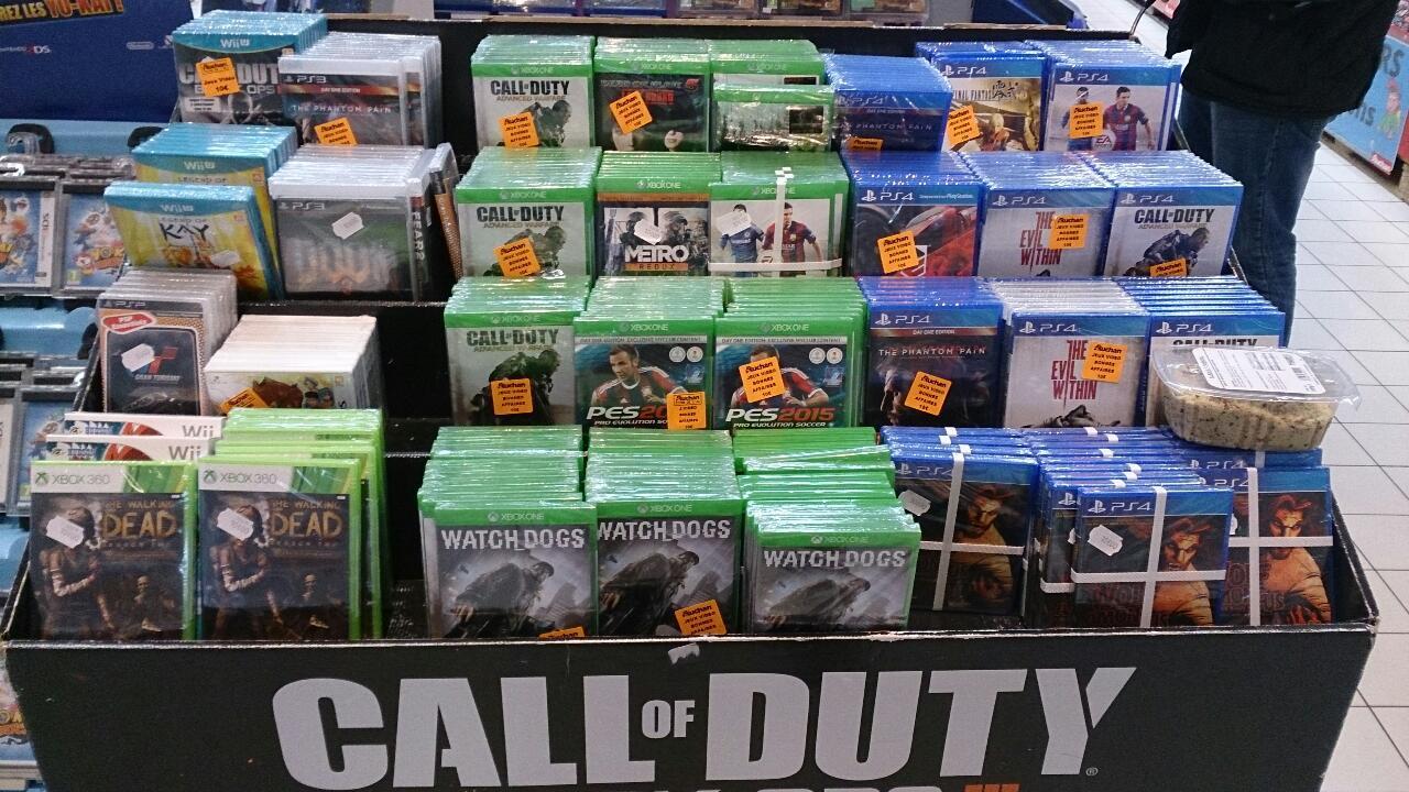 Sélection de jeux vidéos en promotion - Ex : Jeu Metal Gear Solid V sur PS4