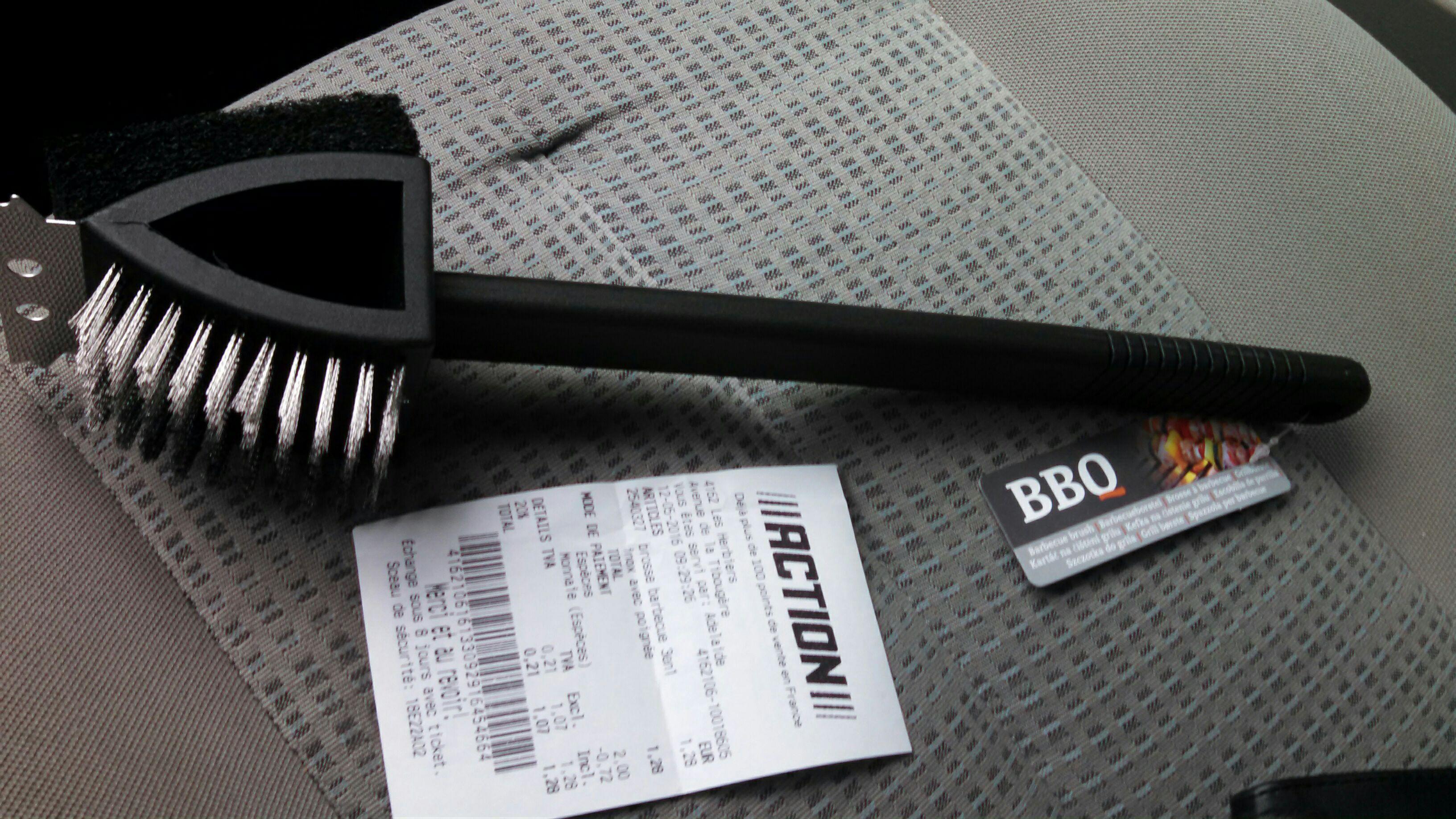 Brosse Barcbecue 3 en 1 - Inox avec poignée