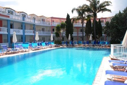 Séjour de 7 nuits pour deux personnes en Grèce à l'Hôtel Palazzo di Zante 3 (formule tout compris)