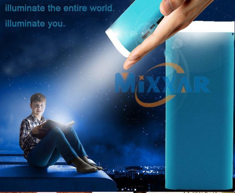 Batterie Power Bank 12000 mAh - Double USB + LED intégrée + Câble microUSB