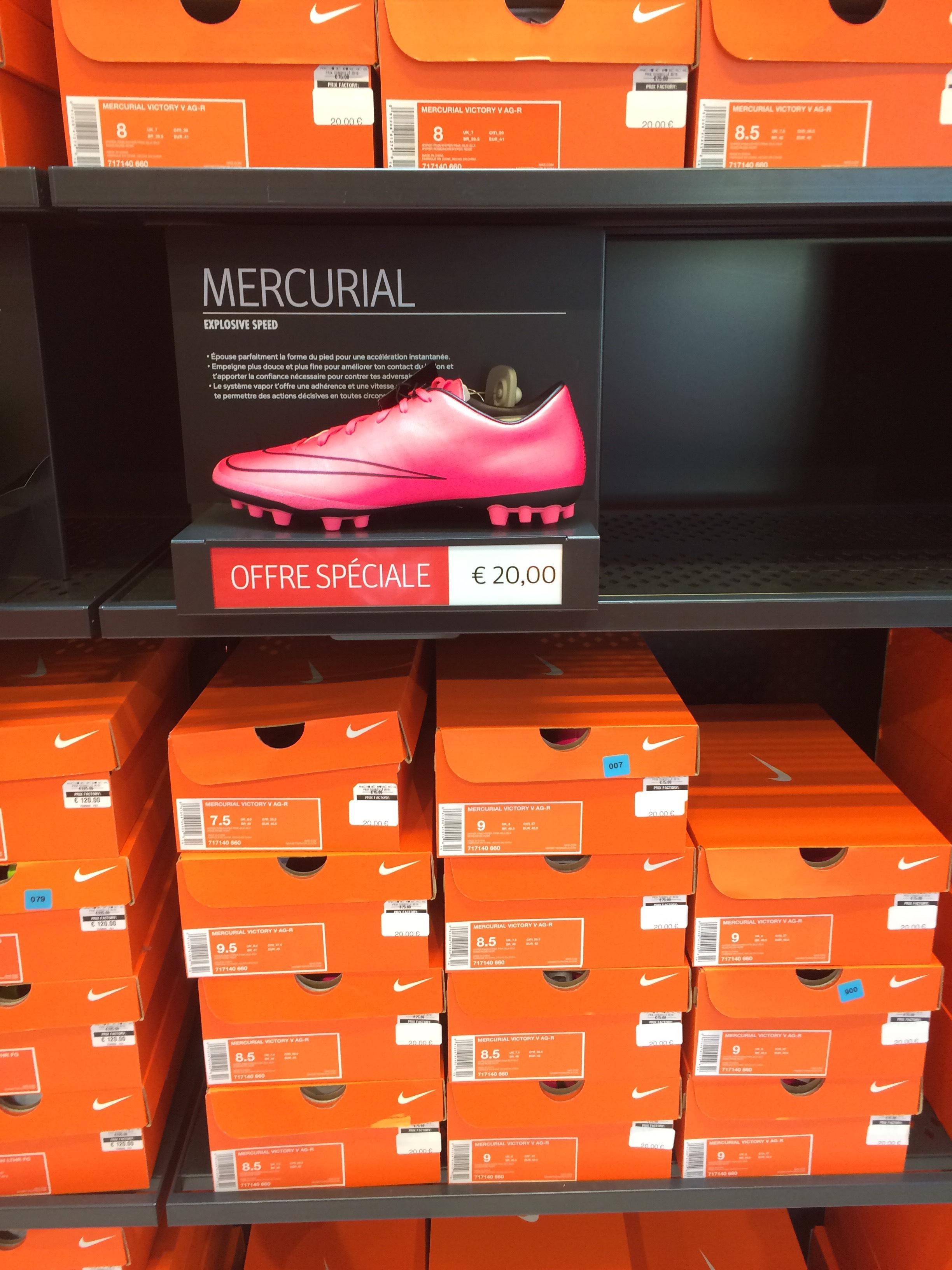 Crampons Nike Mercurial Explosive Speed