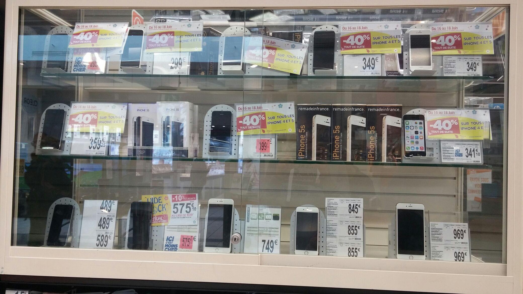 """40% de réduction sur les iPhone 4 et 5 reconditionnés - Ex : Smartphone 4"""" iPhone 5S - 16 Go reconditionné"""