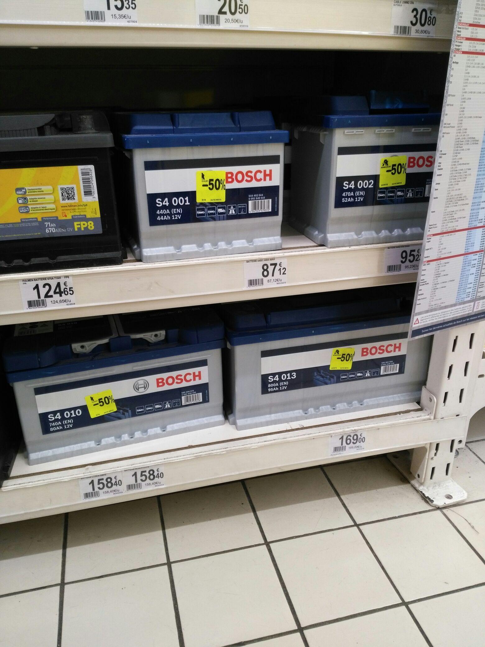50% de remise immédiate sur une sélection de batteries automobile Bosch - Ex : Batterie 205 GTI