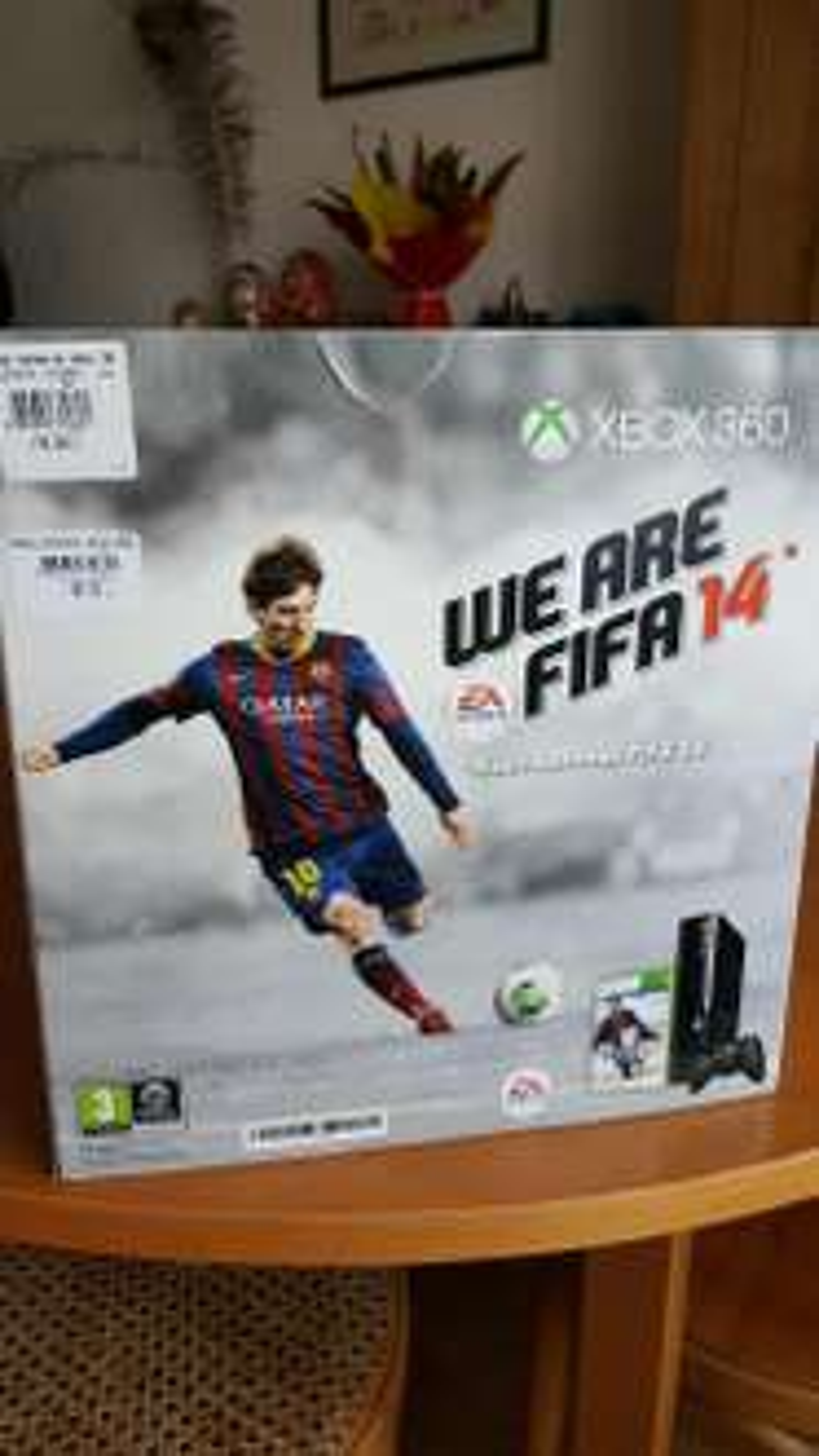 Pack console Xbox 360 250Go + Fifa 14