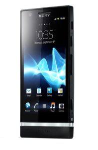 Smartphone Sony Xperia S Blanc à 216.99€ et Sony Xperia P Noir ou Argent