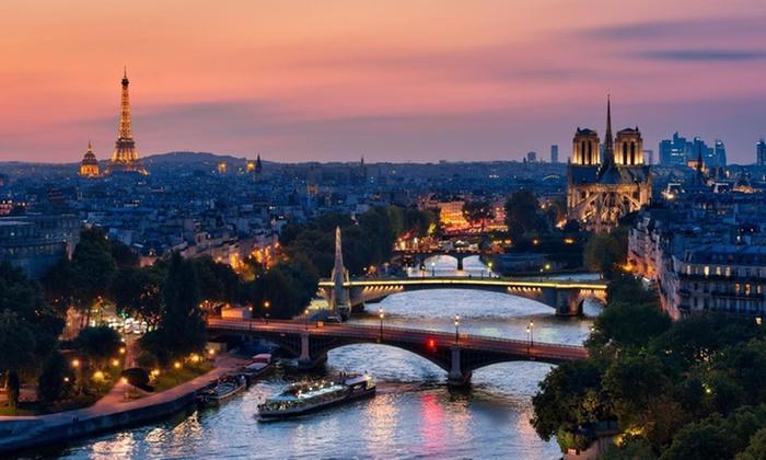 Dîner-croisière sur la Seine avec champagne pour 2 personnes