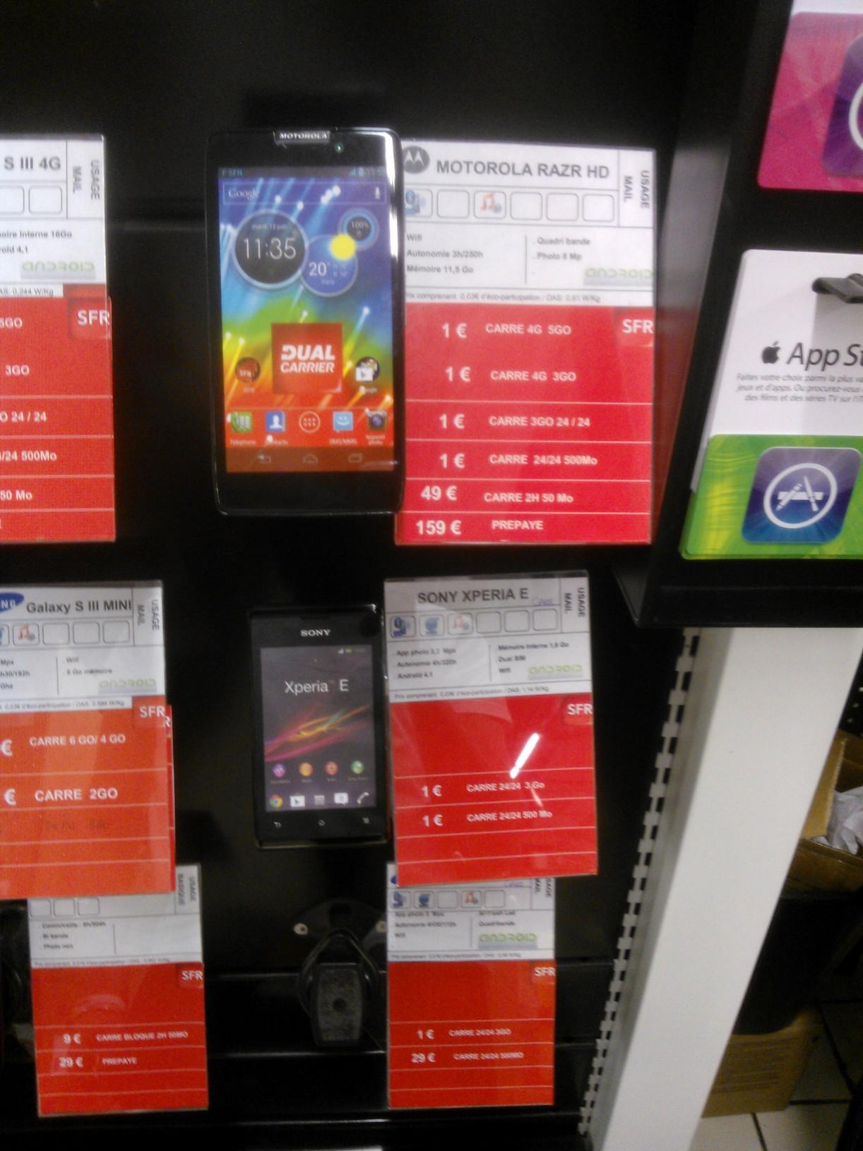 Smartphone  HTC ONE XL à 199€ ou Motorola RAZR HD (Bloqué SFR)