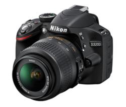 Reflex Nikon D3200 + Objectif DX 18-55mm II