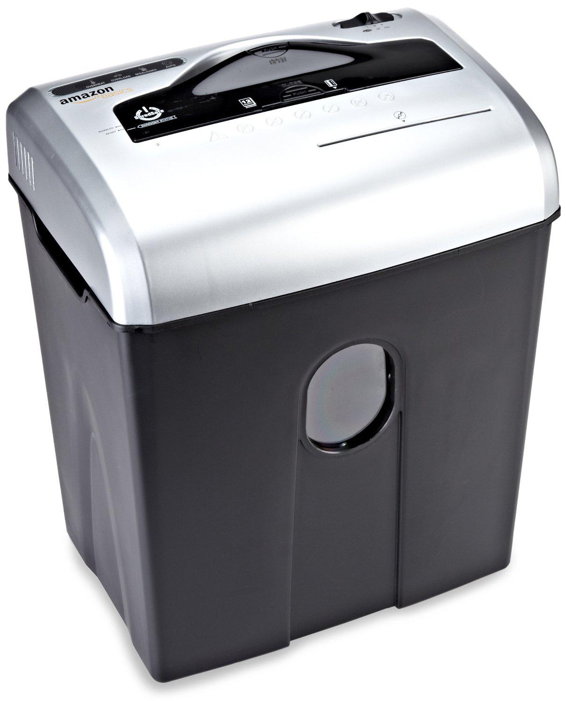 Destructeur de documents / CD AmazonBasics 10 à 12 feuilles, coupe croisée - Noir et argent