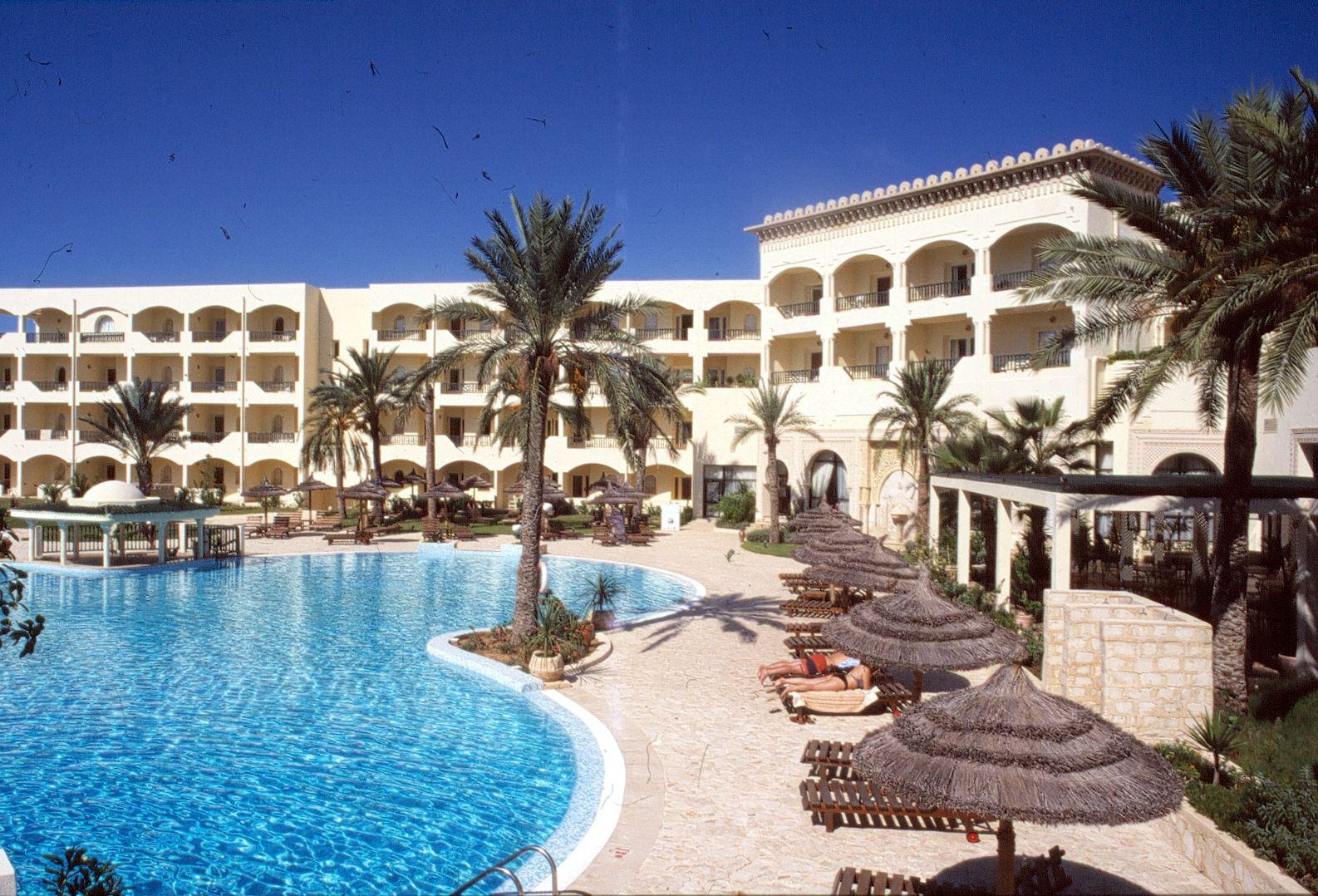 Séjour 15 jours en Tunisie départ de Paris 31/03 vols A/R + Hotel 4* + demi pension