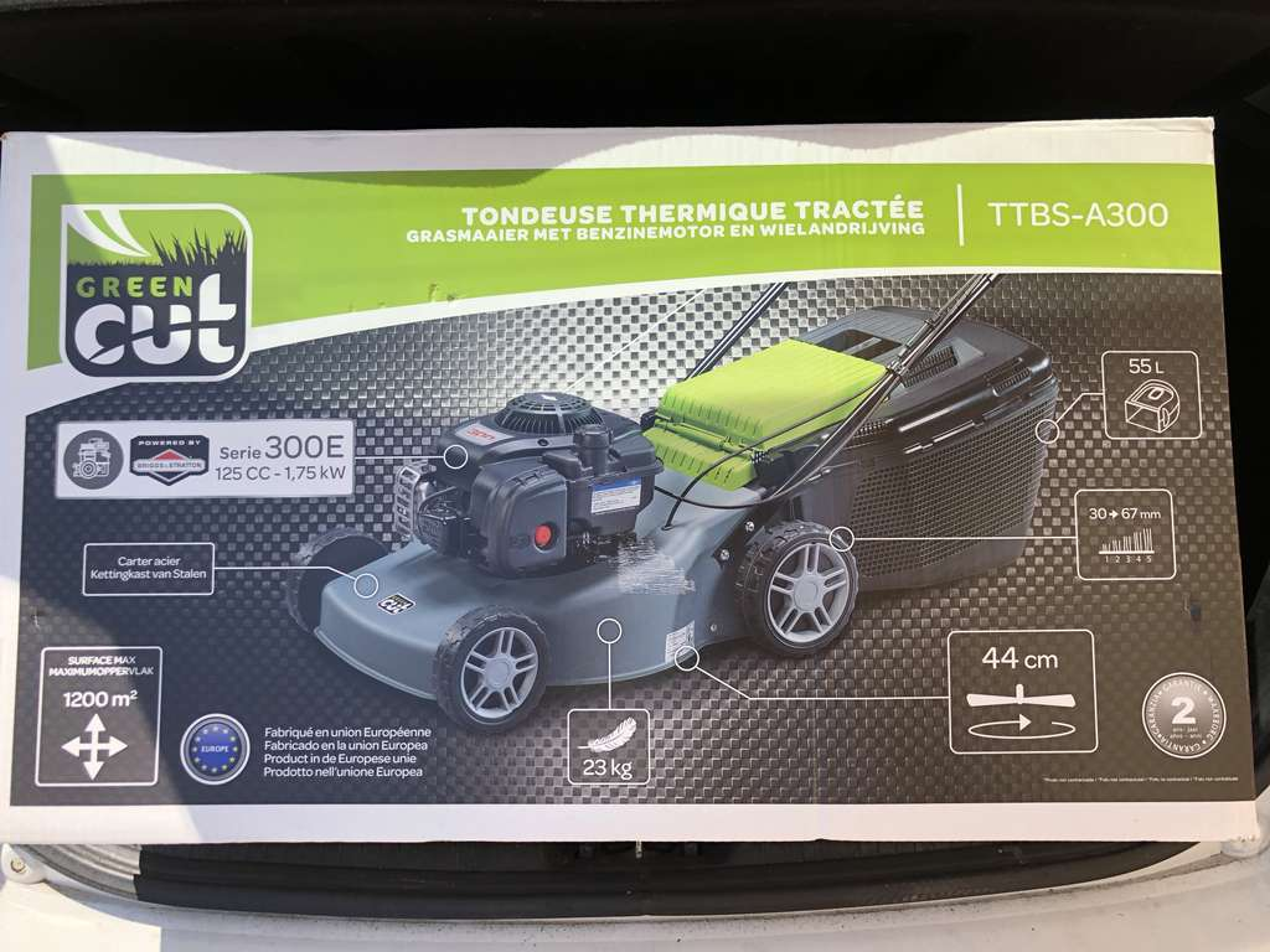 tondeuse thermique tract e green cut ttbs a300 44 cm. Black Bedroom Furniture Sets. Home Design Ideas