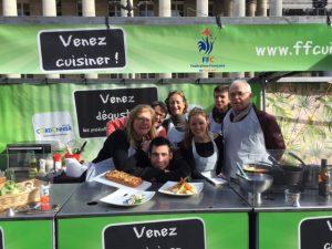 Cours de cuisine gratuits avec un chef cuisinier en march - Cours de cuisine avec un chef etoile paris ...