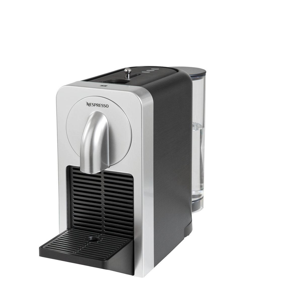 adh rents macif machine caf nespresso magimix. Black Bedroom Furniture Sets. Home Design Ideas