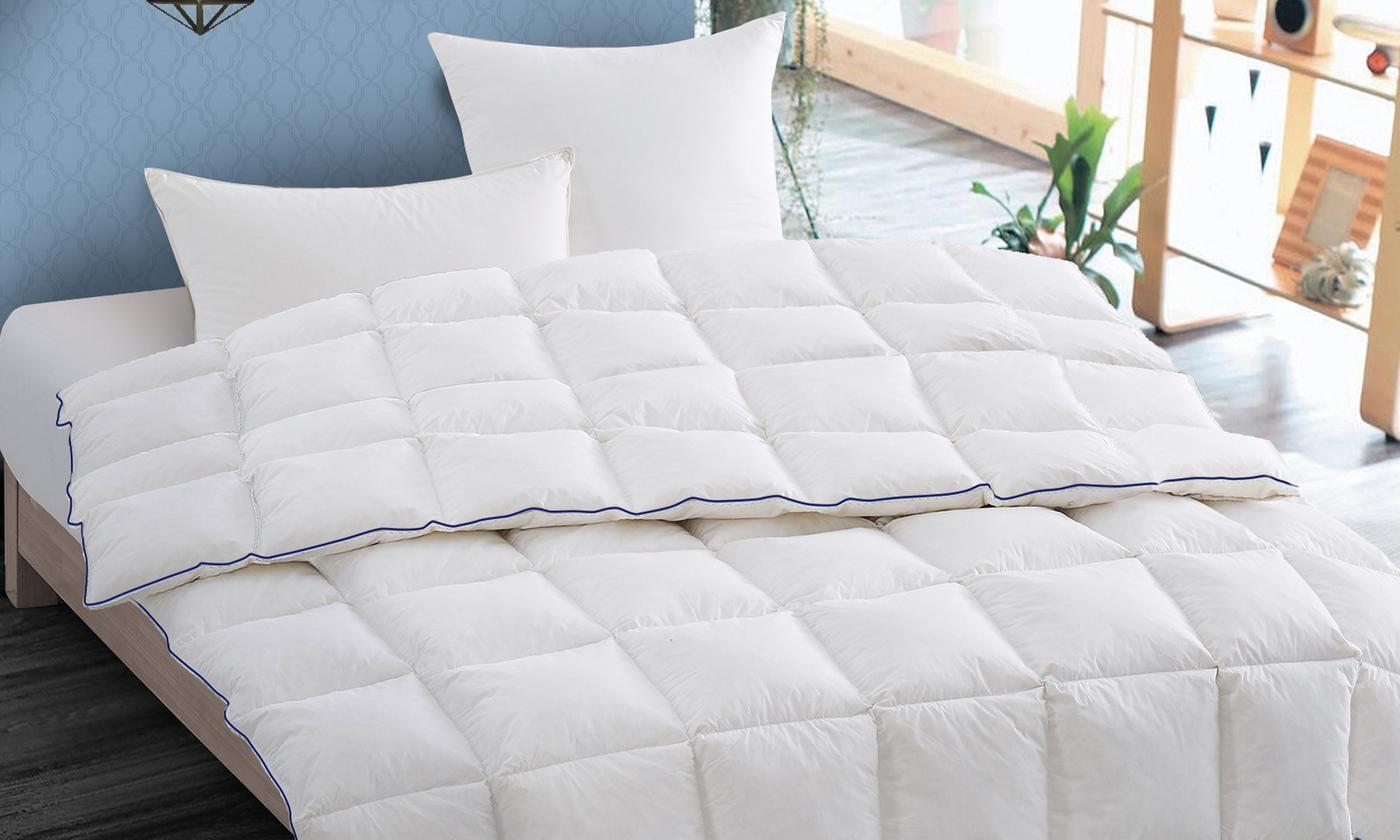 couette chaude en plume de canard signature 1300gr m. Black Bedroom Furniture Sets. Home Design Ideas