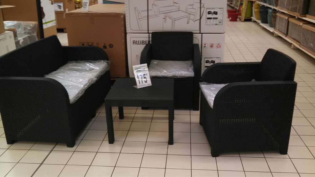 salon de jardin allibert 4 pi ces en r sine. Black Bedroom Furniture Sets. Home Design Ideas